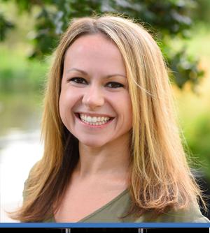 Orthodontist-Lauren-Weber-Portrait